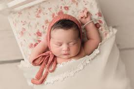 How to make your newborn baby photo shoot special?